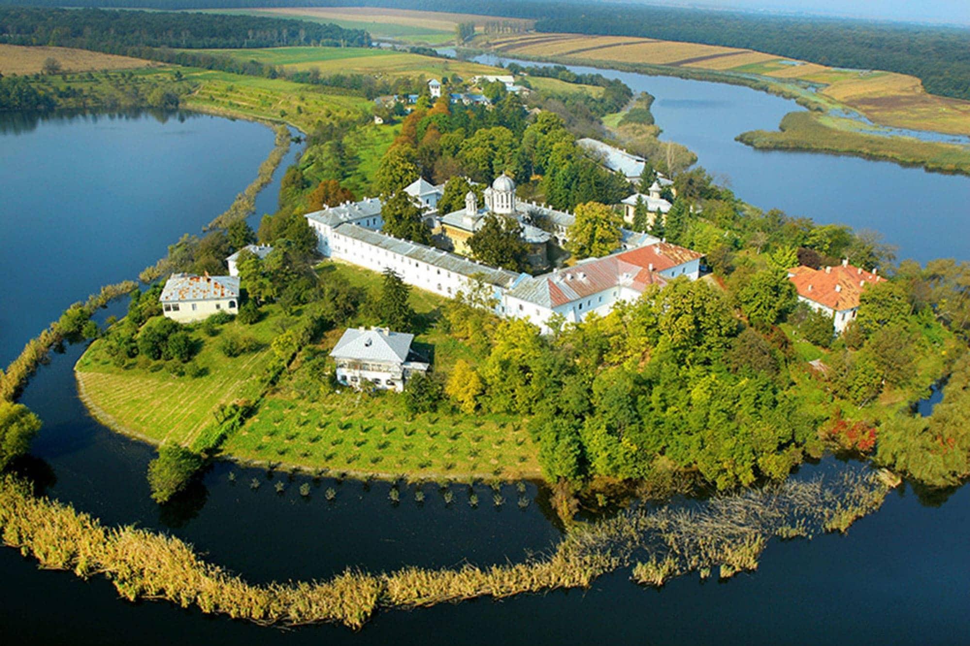mogosoaia-palace-snagov-monastery-caldarusani-monastery-5