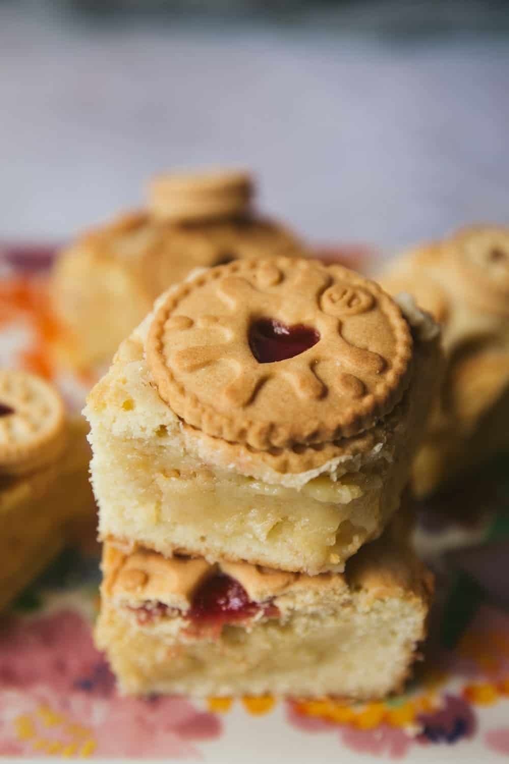 A stack of two Jammie Dodger blondies