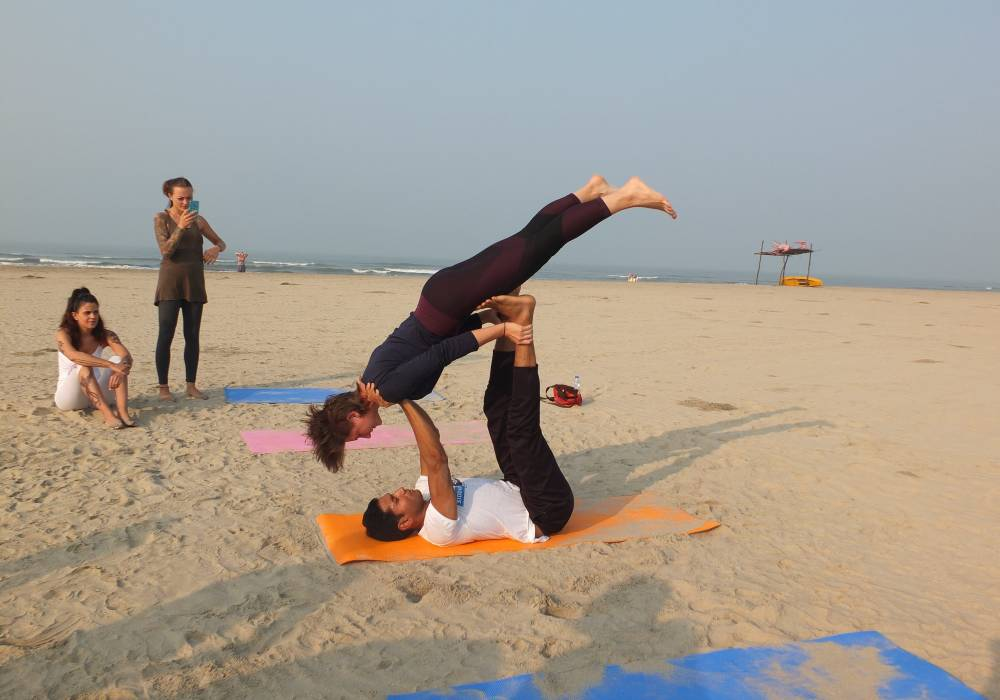 learn yoga at siddhi yoga