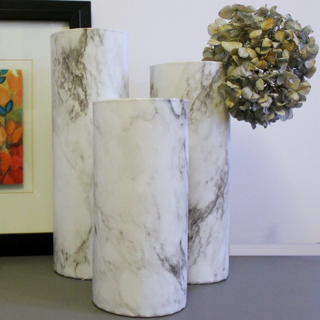 marble vase - feature