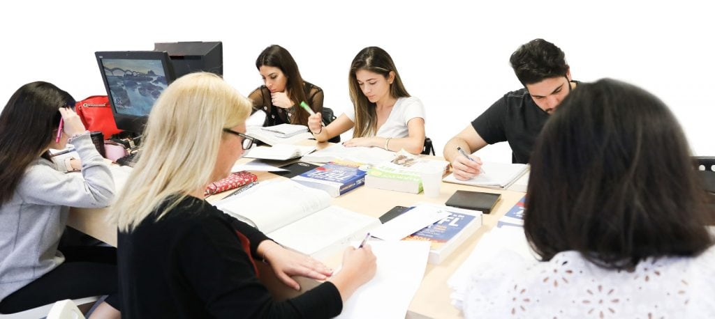 Aulas de preparação para o testes e exames em Miami, Miami Beach e Orlando.