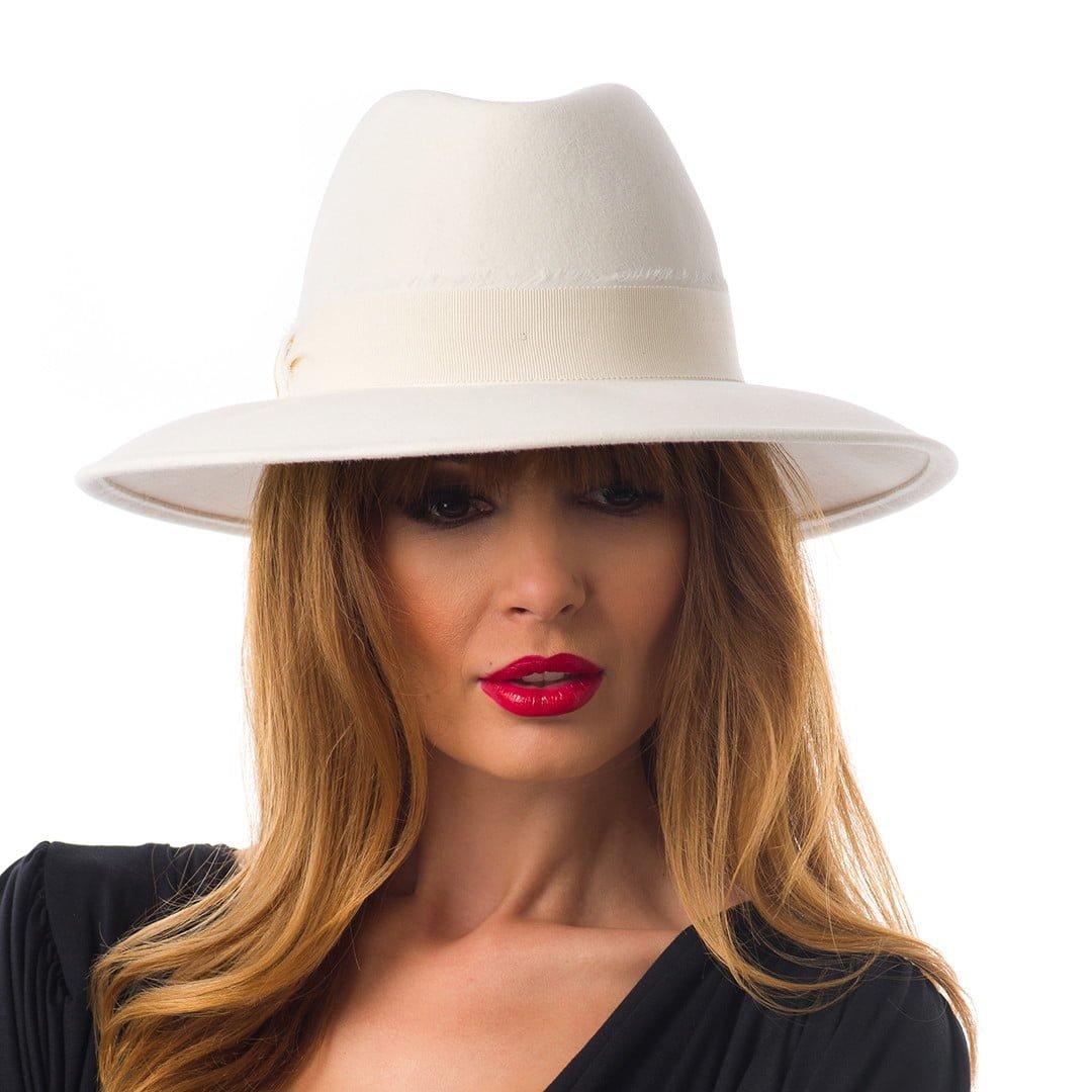 Pălărie Agata, alba, din fetru de iepure
