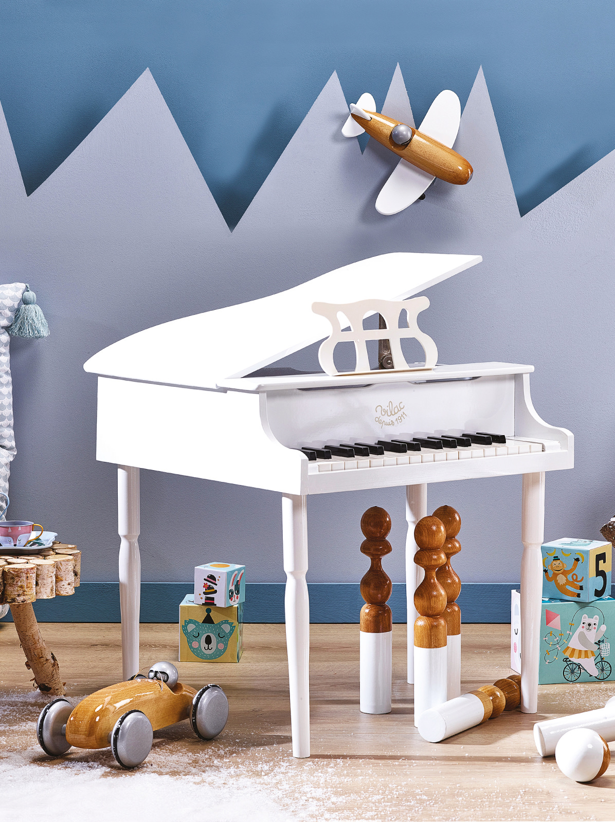 frederickandsophie-toys-vilac-wooden-kids-grand-piano