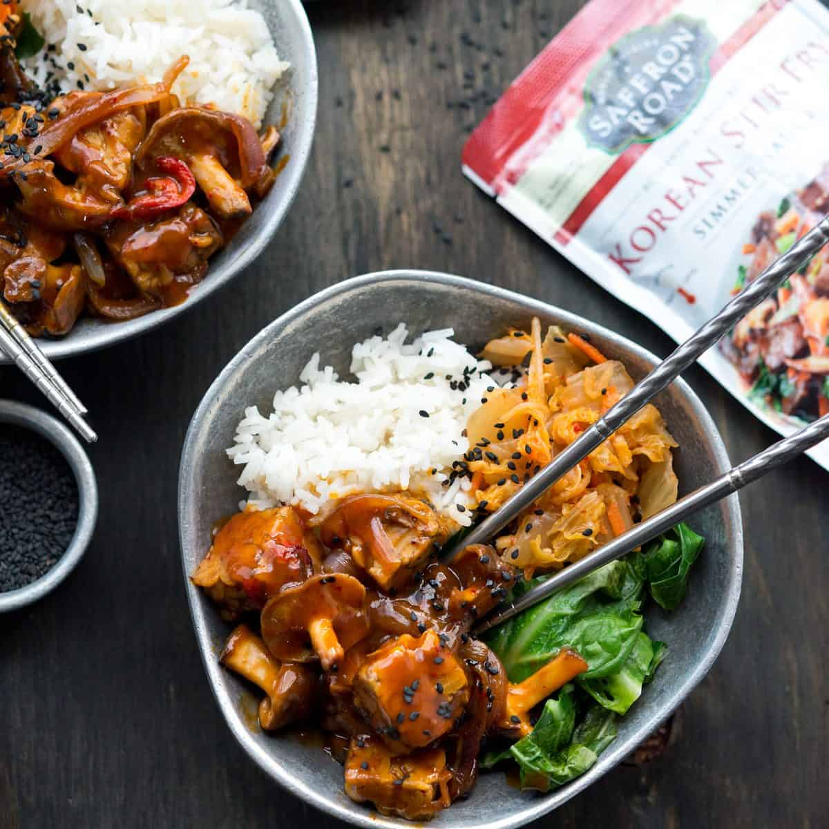 This Korean Tempeh Shiitake Bowl is easy, filling and made with delicious Saffron Road Korean Stir-fry sauce. Enjoyed with rice, kimchi and greens! #SaffronRoadFood #vegan