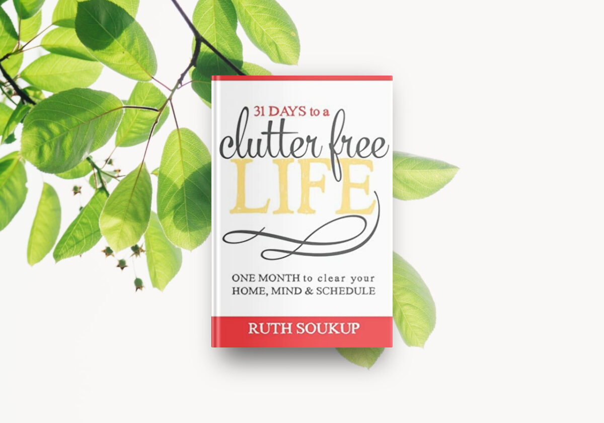 Best decluttering book 31 Days to a Clutter-Free Life