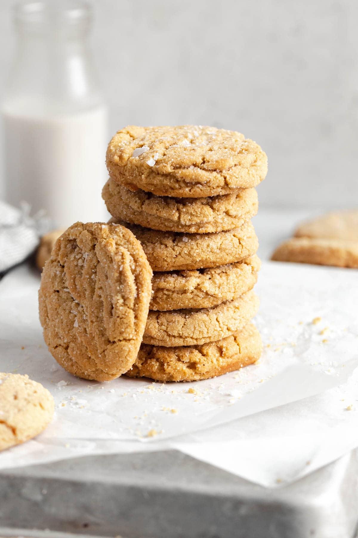 pile de biscuits au beurre d'arachide