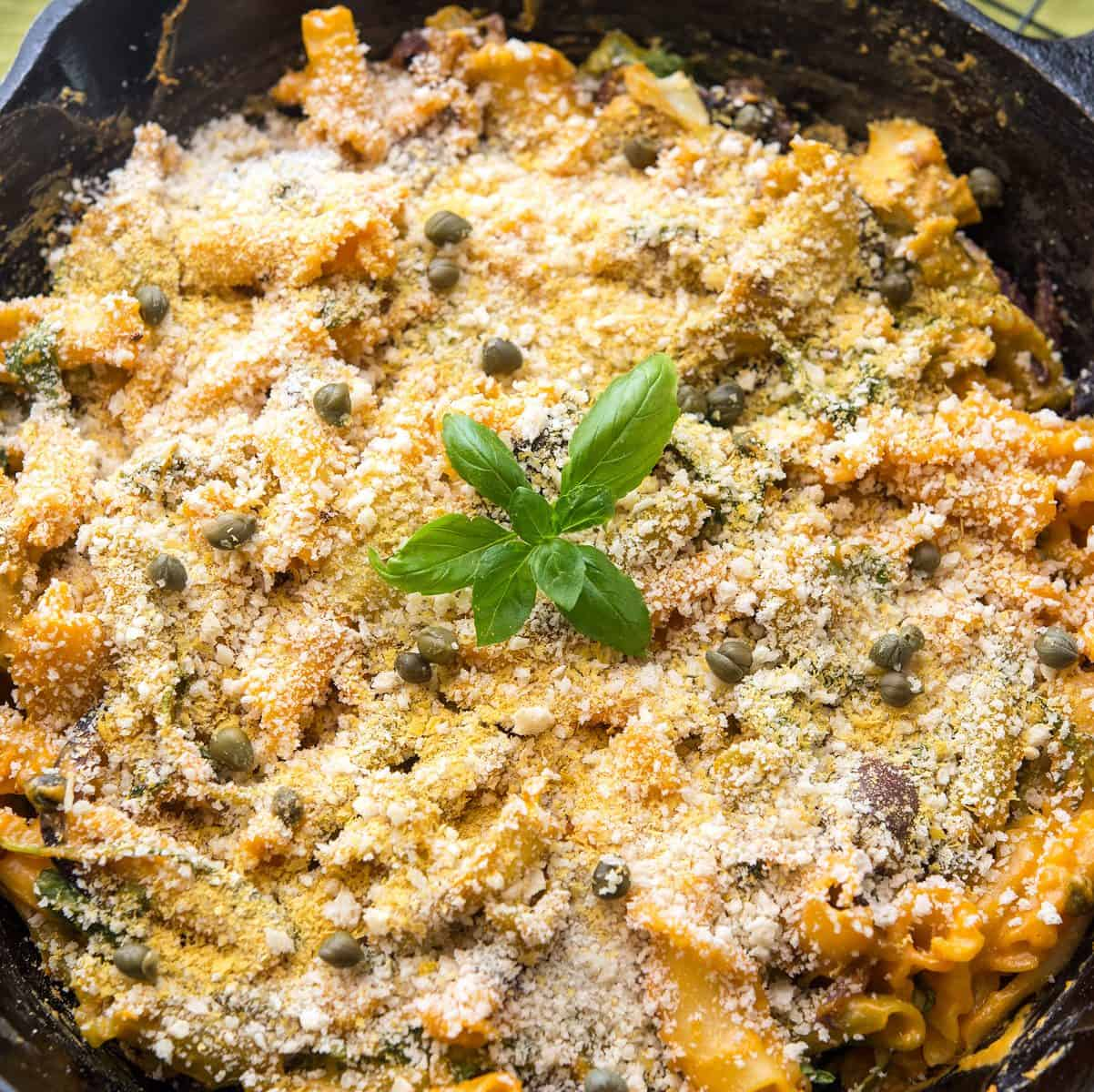 Baked Mediterranean Mac and Cheese