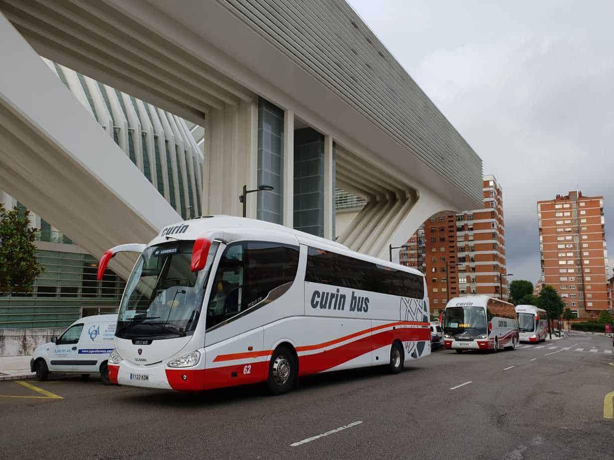 alquiler de autocares y microbuses en Oviedo Asturias fotos