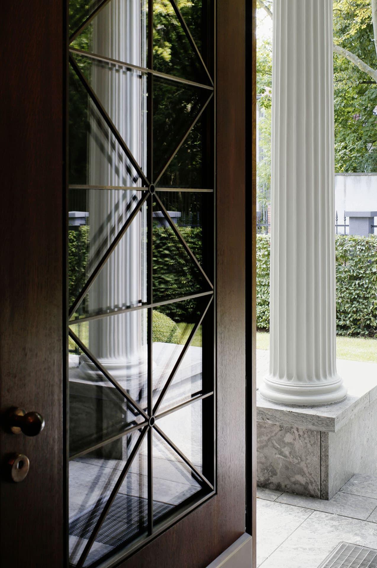 Berlin-Dahlem Peter-Lenne-Str Haus Weyhe Entree