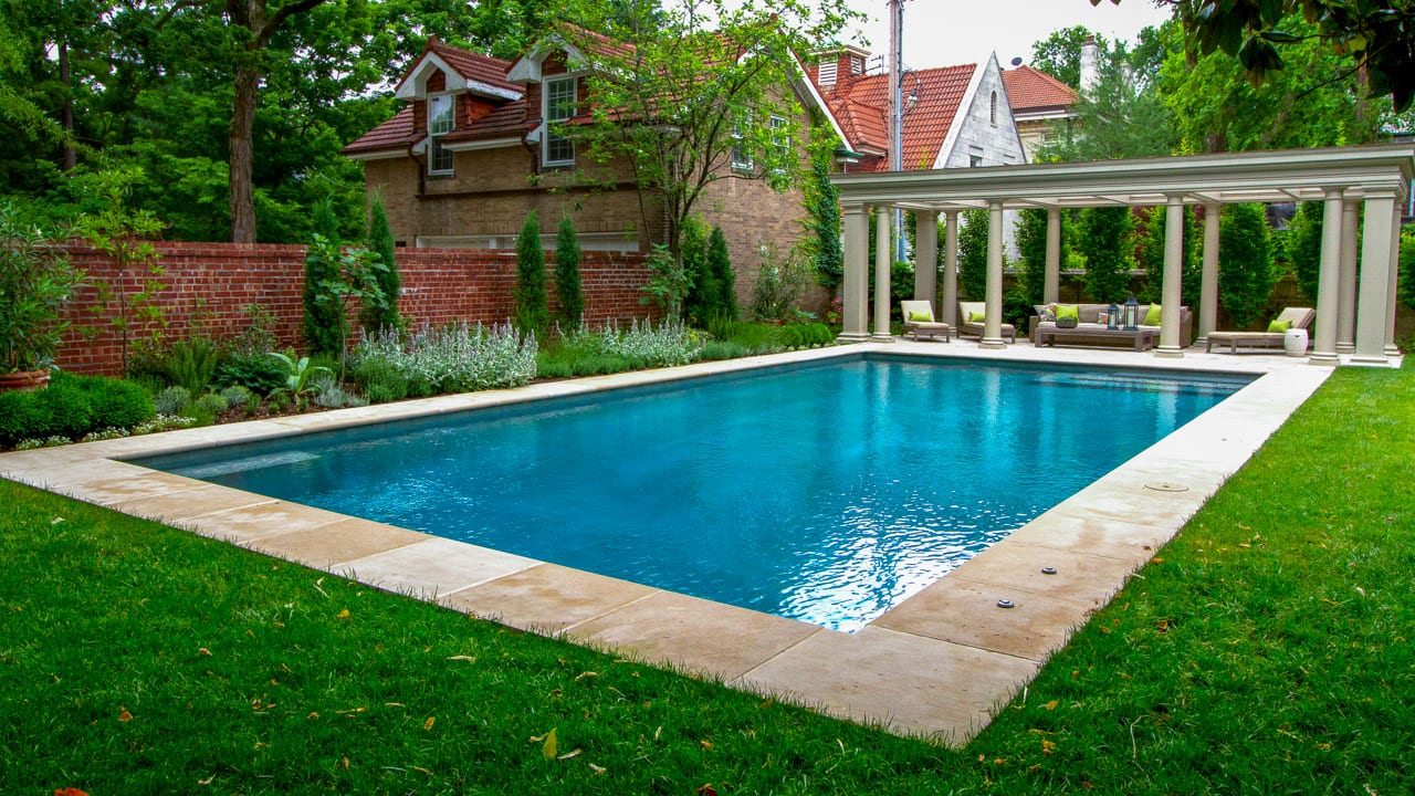 April Pool of the Month | 2017