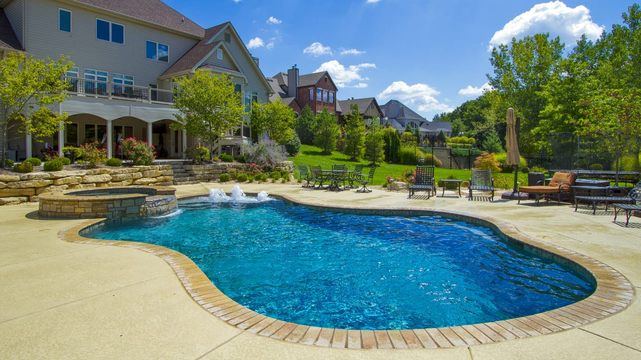 June Pool of the Month | 2017