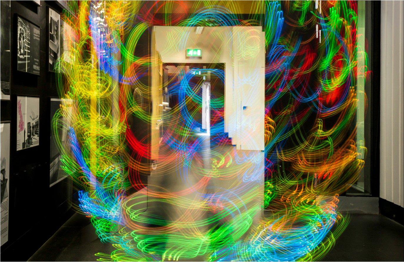 champs electromagnetiques et art