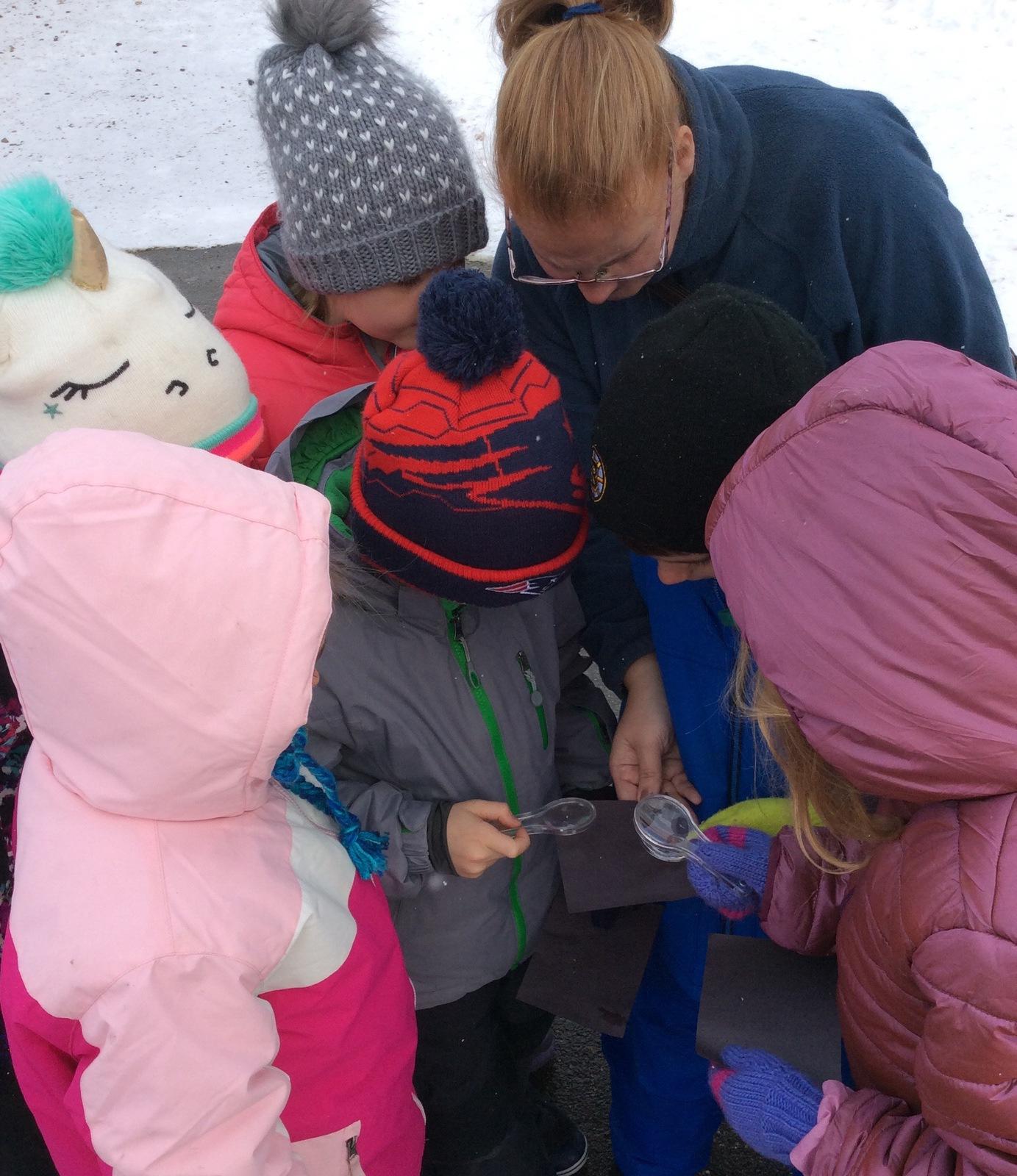 Studying Snow Crystals WinterKids Teachers Sharing Series3