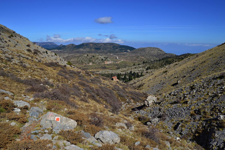 Looking accross the plateau of Ziria