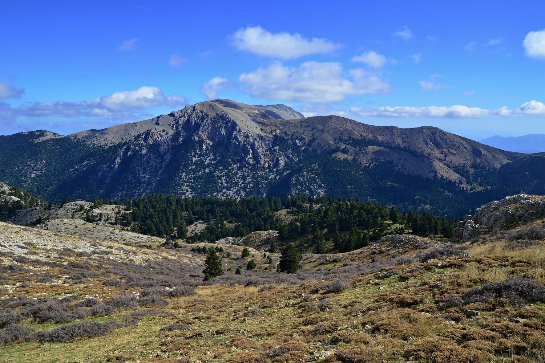 Mikri Ziria and the valley of Flambouritsa