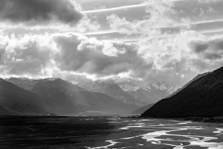 Sonne durchbricht Wolken am Arthurs Pass