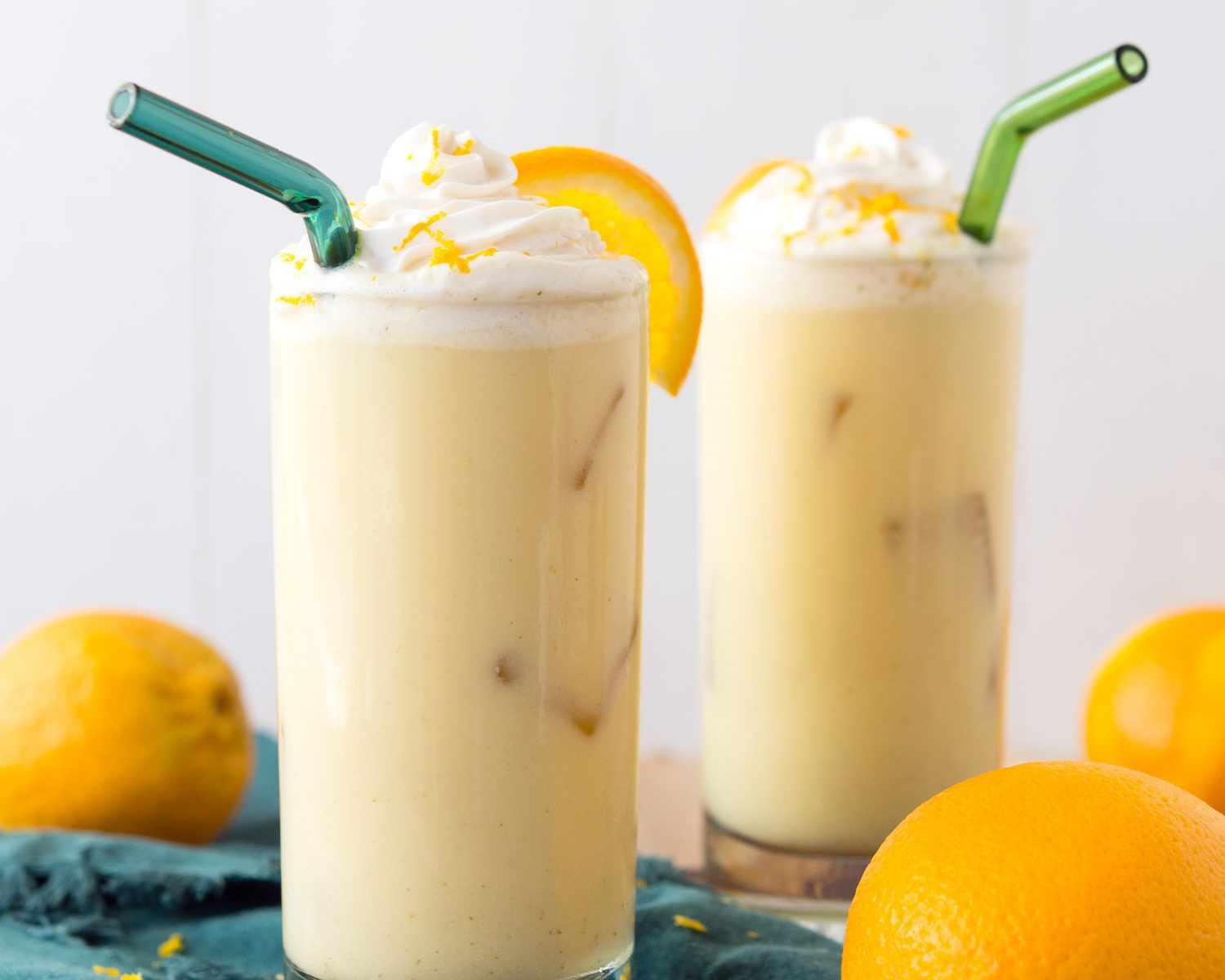 This Spiked Orange Julius is the perfect summer cocktail! Cool, creamy, refreshing and delicious. #ilovemysilk #vegan #glutenfree
