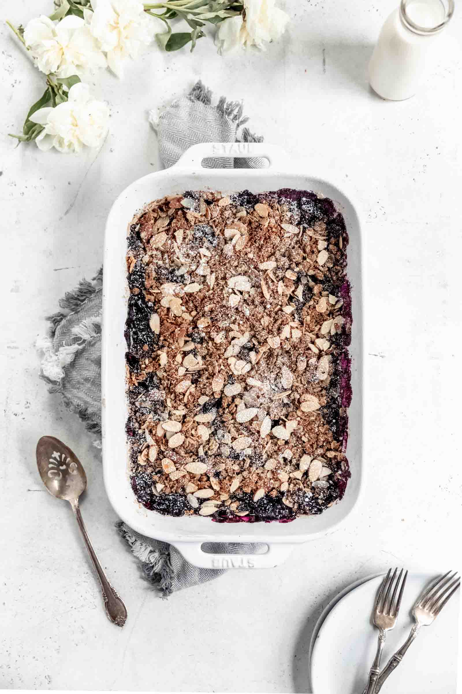 healthy vegan blueberry crisp. Easy and perfect for summer!