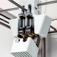 Ultimaker-3-с-двумя-экструдерами