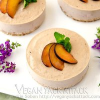 Raw Plum Banana Cheesecake