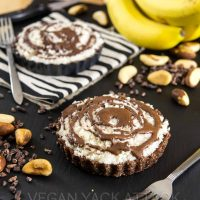 Jungle Pie with Chocolate Crust, Banana Slices & Chunky Coconut Topping