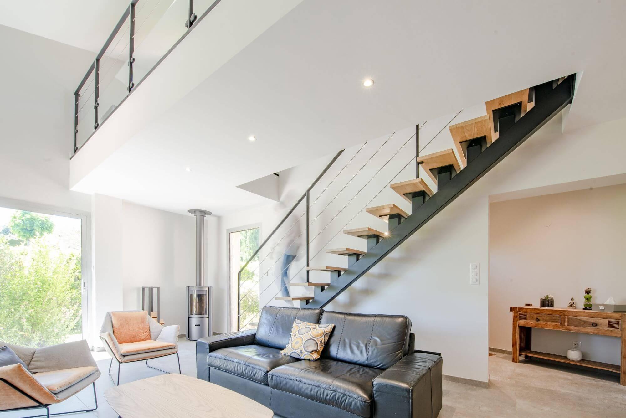 Poele à bois, Escaliers