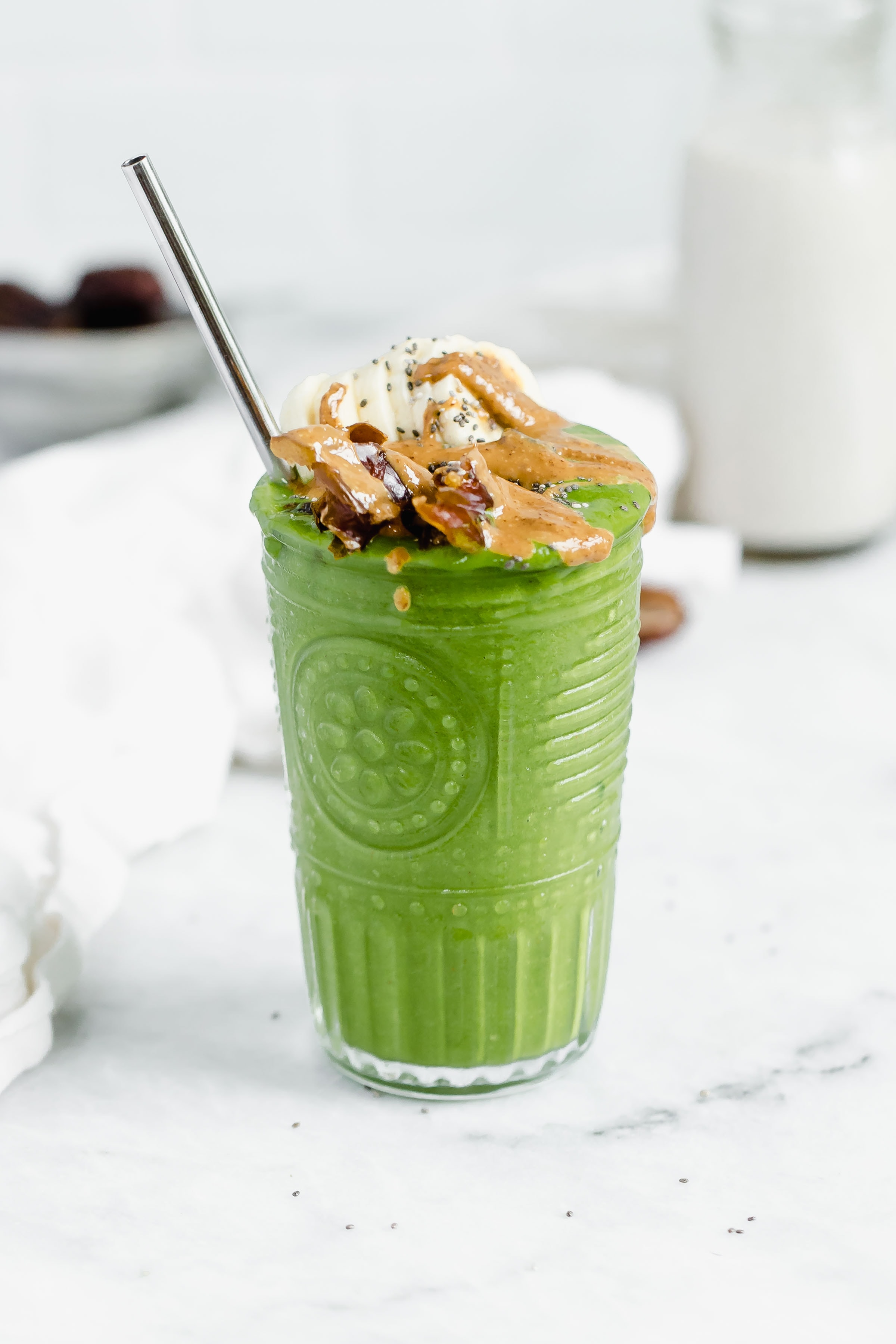 close up shot of matcha green smoothie made with vital proteins matcha collagen powder