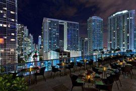 Melhores lugares para tomar vinho em Miami