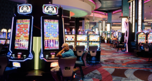 Why are online casinos attracting more and more people?