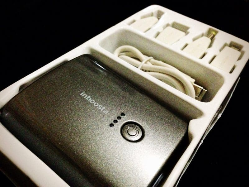 Inboosta Travel Charger - contents