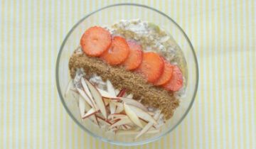 Spiced Apple & Chia Overnight Oats