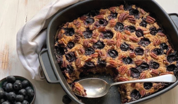 Baked Oatmeal with Blueberries & Pecans