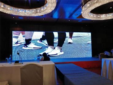 p4.81 จอled display rental vietnam coronation pageant jled refresh rate การซื้อหน้าจอโฆษณา LED ที่มีอายุการใช้งานยาวนาน