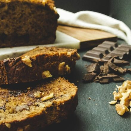 Make A Chocolate Chip Banana Cake