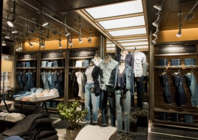 Abercrombie & Fitch retail wood work