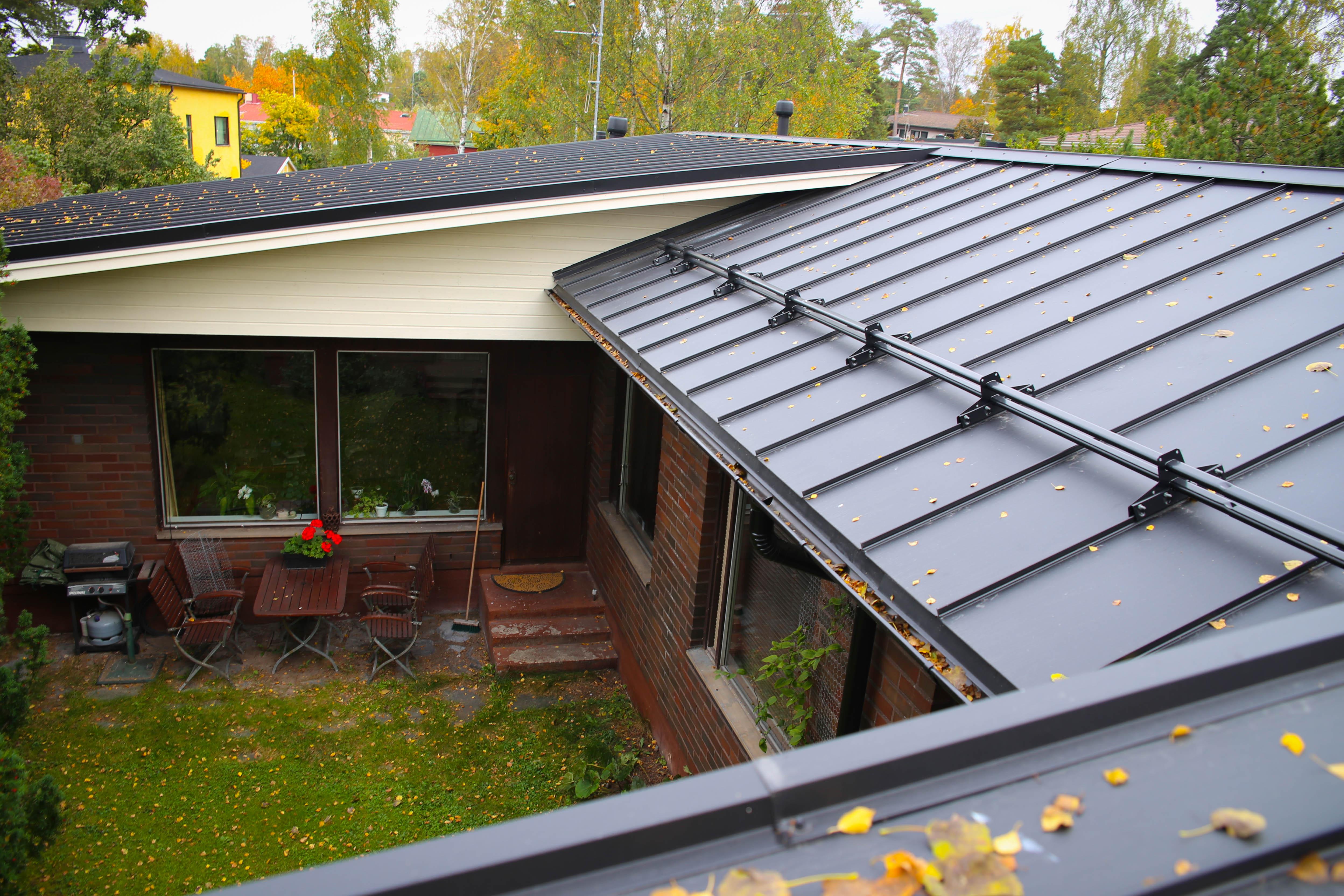Uusi valmis katto