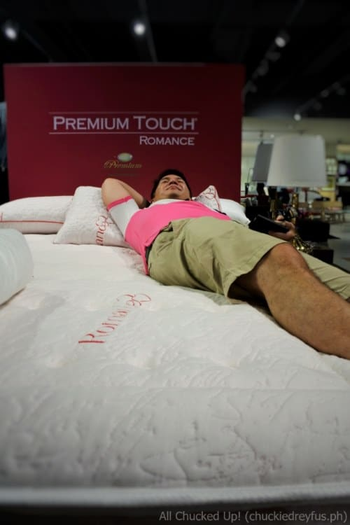Uratex mattress - Premium Touch Romance
