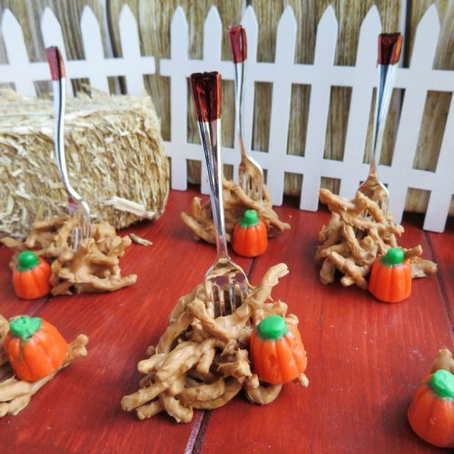 These adorable fall haystacks with peanut butter are the perfect centerpiece for your Autumn or Halloween gathering, and the kids will love helping you make them.