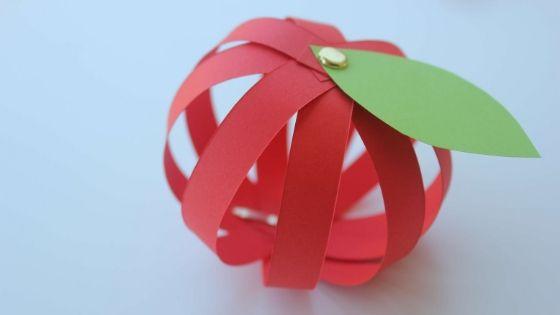 3D Paper Apple Craft