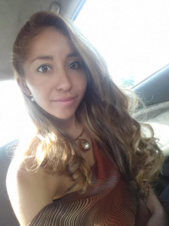 Meet Salvadoran Girl