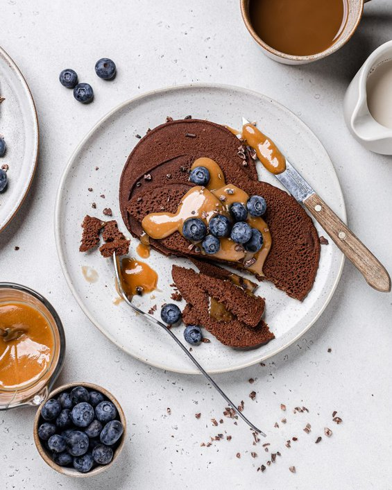 Vegan Chocolate Pancakes with Peanut Butter Caramel
