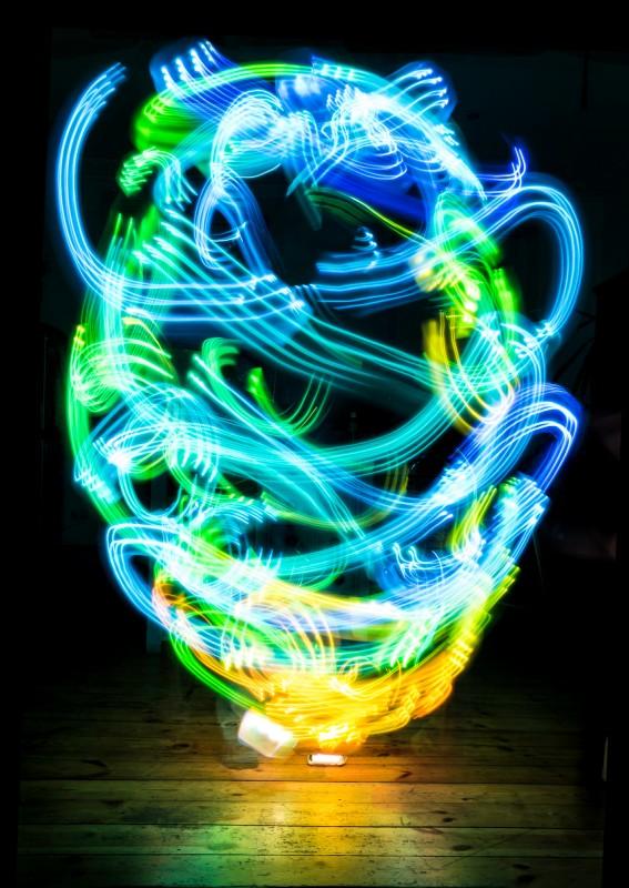 champs électromagnétiques et art