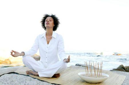 Практика «направления внимания на дыхание»