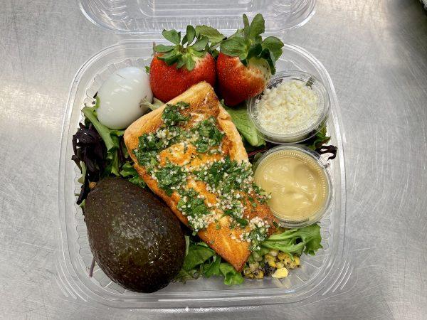 XXL Salmon Cave Salad
