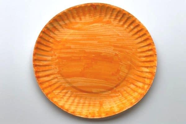 paper plate pumpkin 1