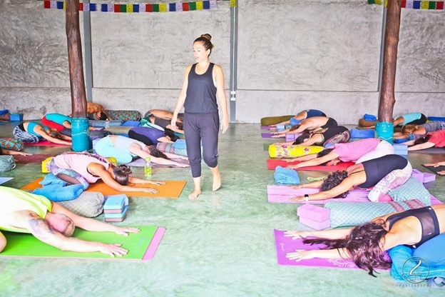the best yoga schools in thailand