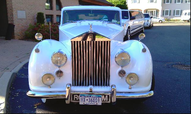 2010 40 Passenger Party Bus & 1955 Rolls Royce 22
