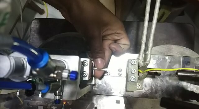 catheter tipping with induction heating equipment