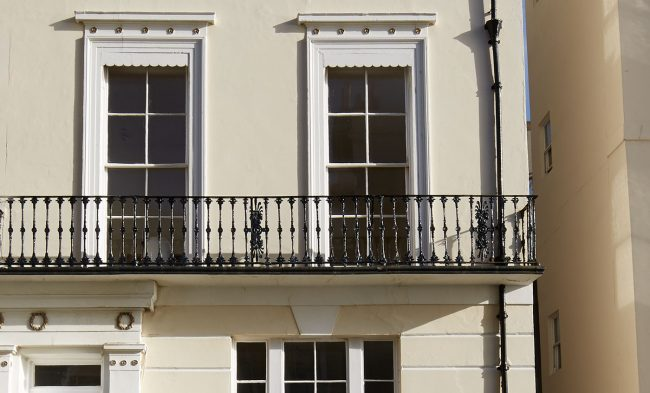 Sash window costs - the cost of repairs or replacmenets