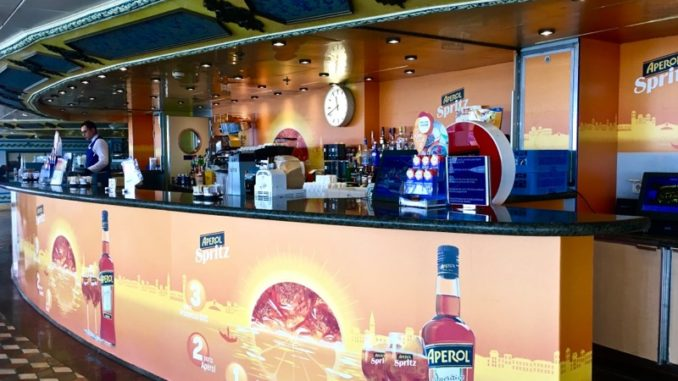 Die Aperol Spritz Bar